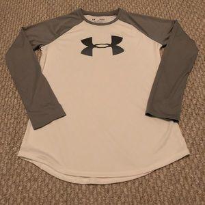 Under armor long sleeve shirt